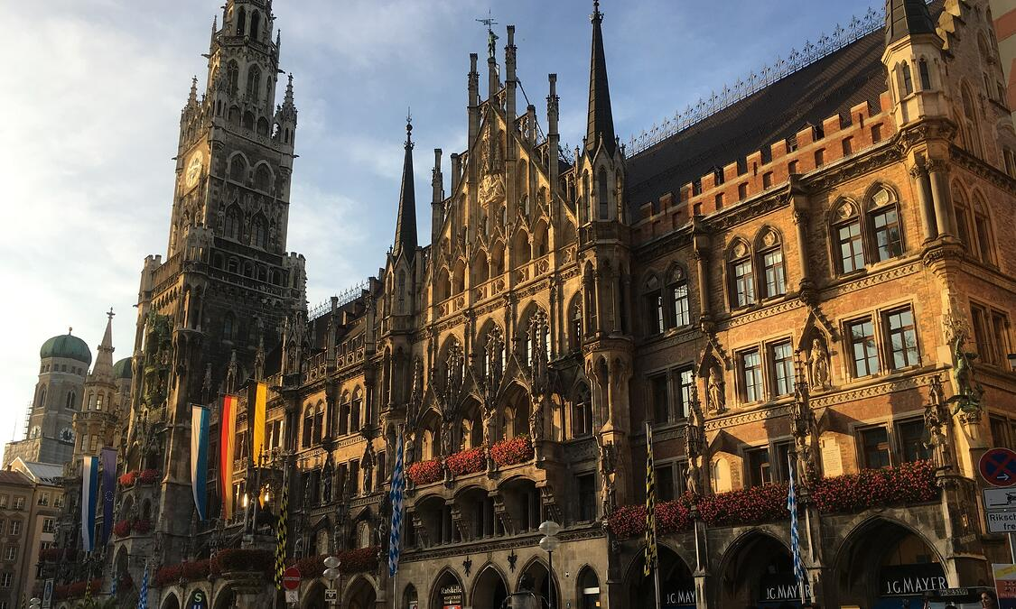 Neue Rathaus in the Marienplatz of Munich, Germany